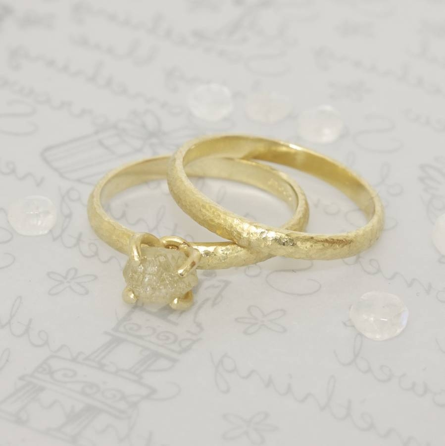 18 Carat Gold Textured Wedding Ringcaroline Brook Throughout 18 Karat Wedding Rings (View 3 of 15)