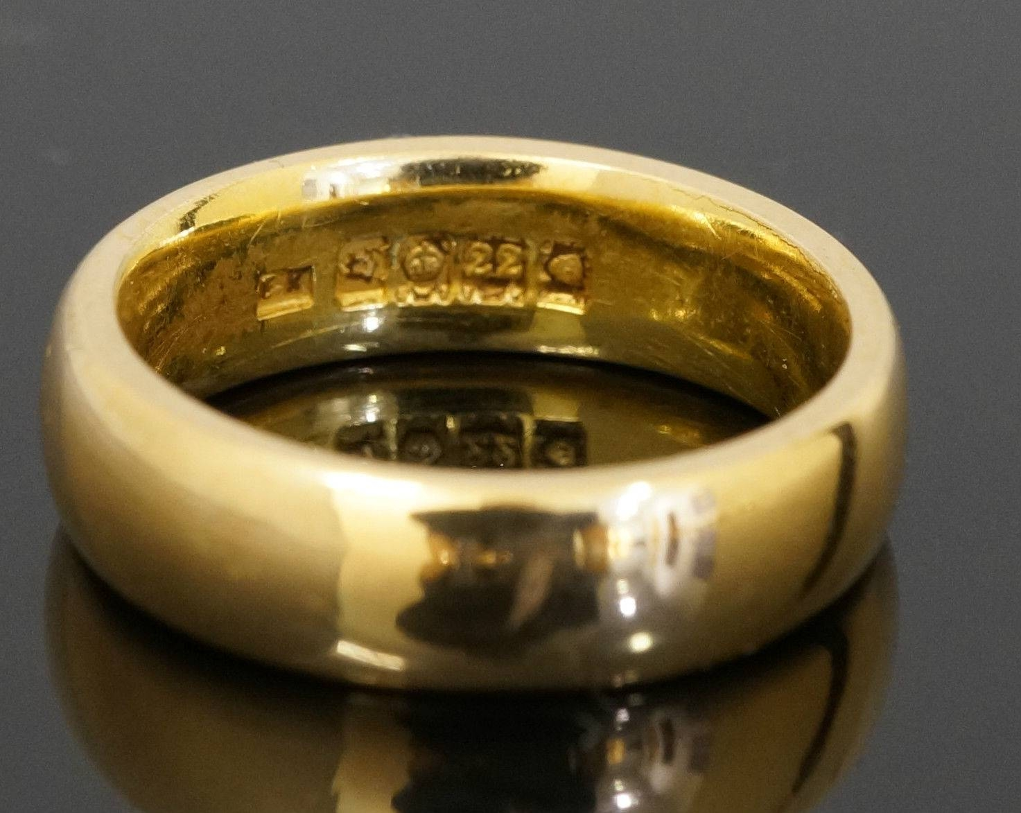 22Carat Yellow Gold Plain D Shaped Wedding Ring / Band (Size O Throughout 22 Carat Gold Wedding Rings (View 7 of 15)