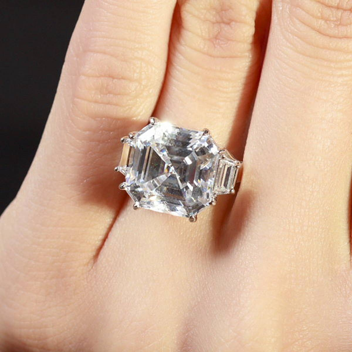 9 Ct Asscher Cut 3 Stone Engagement Ring Pertaining To Asscher Cut Wedding Rings (View 7 of 15)