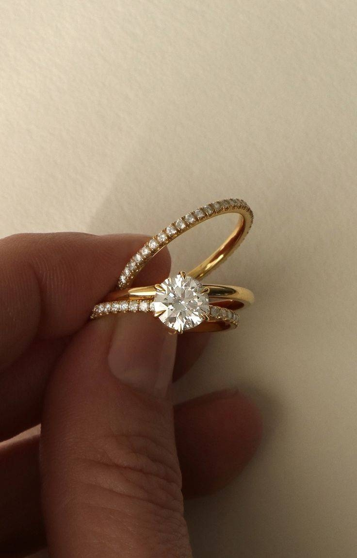 vintage engagement band gold estate jewellery ring wedding yellow oval watch diamond wide
