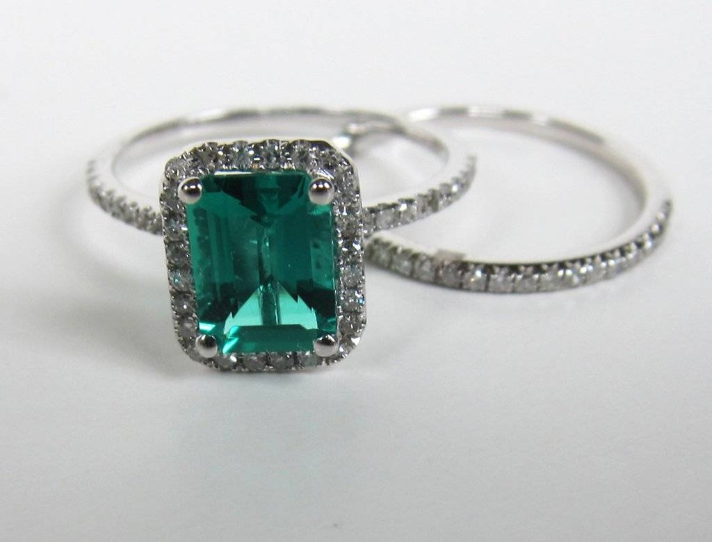 Emerald And Diamond Engagement Rings – Emerald Engagement Rings Throughout Engagement Rings Emeralds (View 5 of 15)
