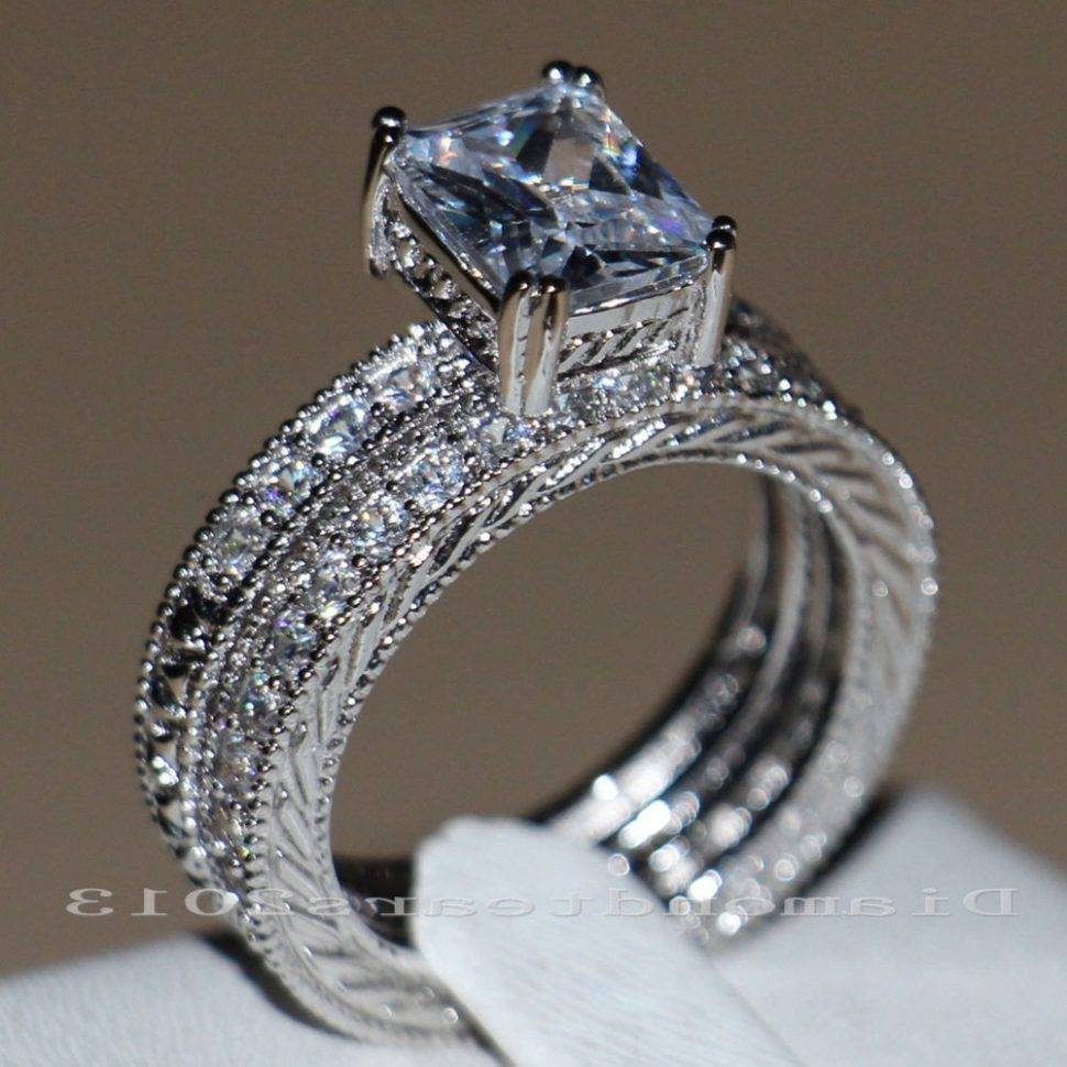 Engagement Rings : 77 Engagement Rings Under Stunning Womens In Womans Engagement Rings (View 3 of 15)