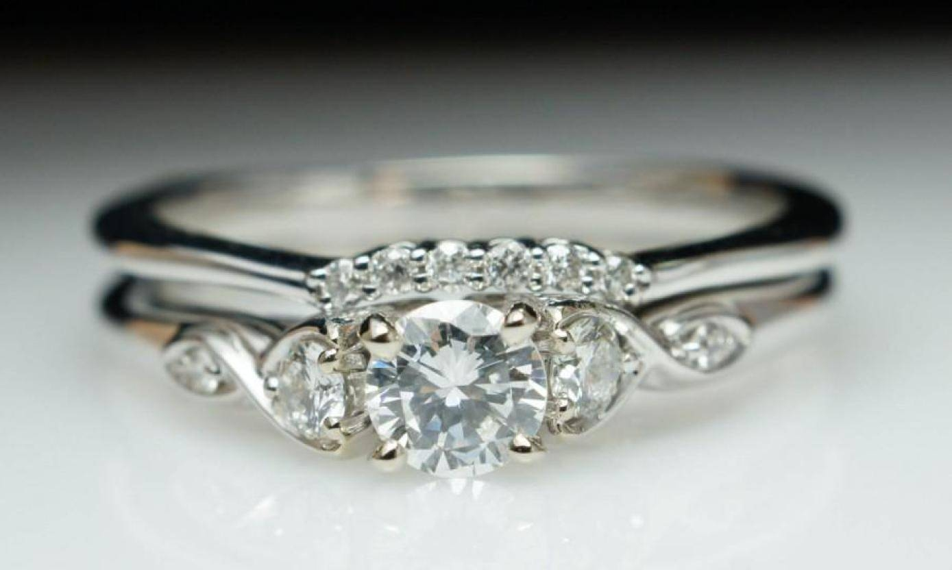 Engagement Rings : Beautiful Engagement Rings Vintage Style In English Engagement Rings (Gallery 6 of 15)