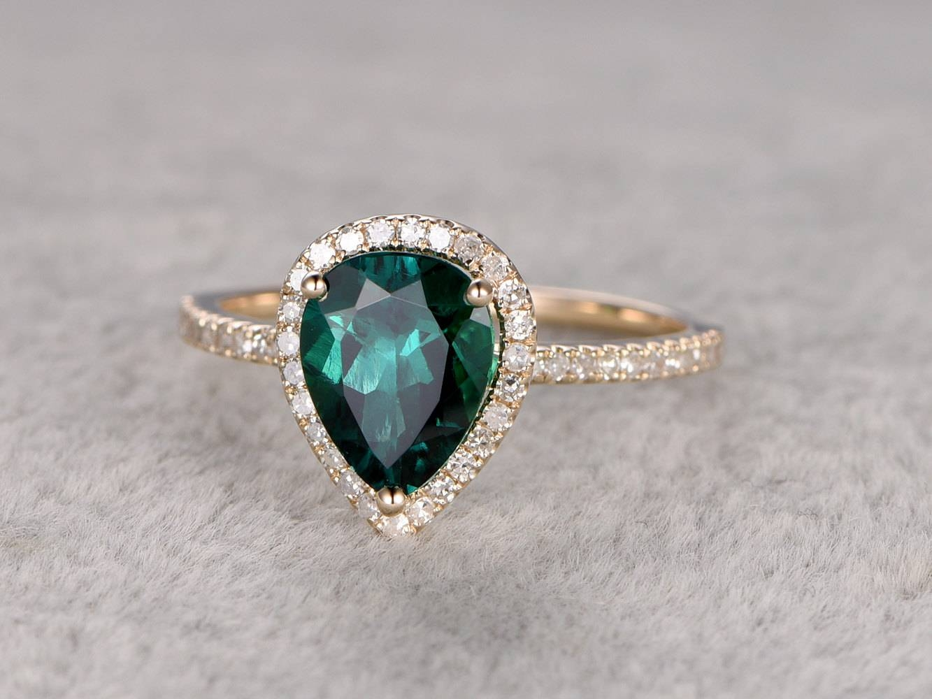 Engagement Rings : Emerald Engagement Rings Amazing Engagement Pertaining To Emrald Engagement Rings (View 2 of 15)