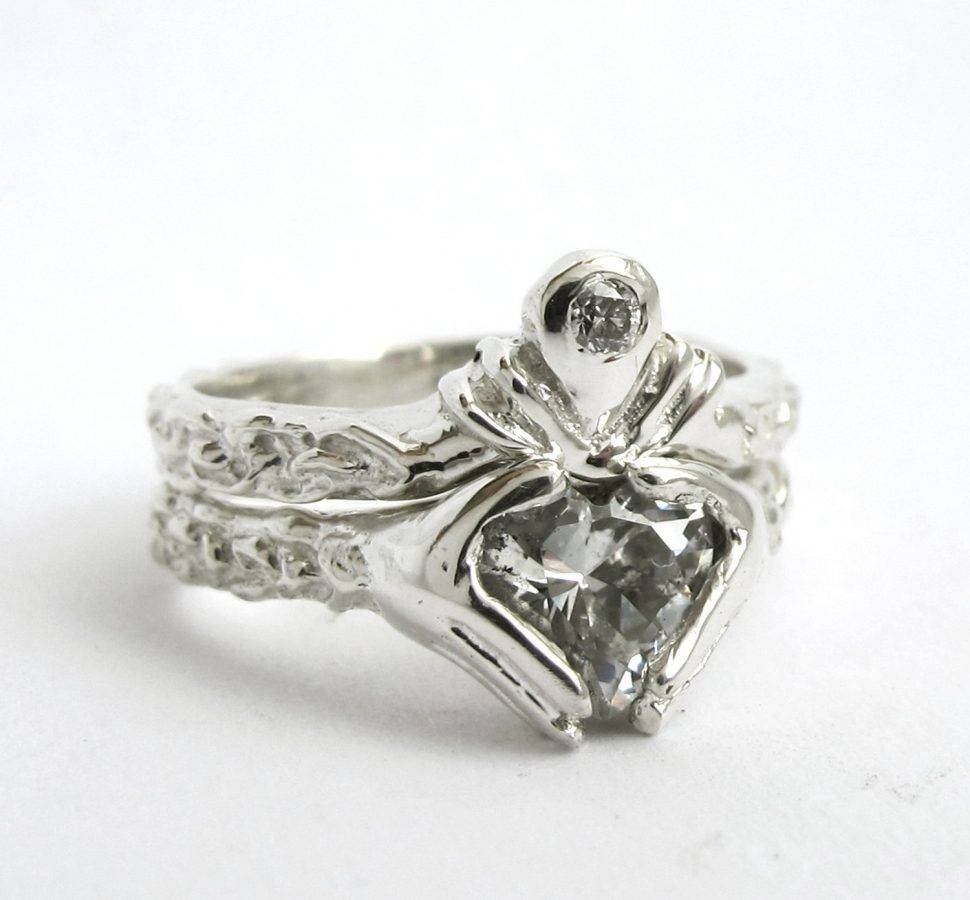 Engagement Rings : Stunning Claddagh Engagement Rings Sets With Regard To Claddagh Engagement Ring Sets (View 13 of 15)