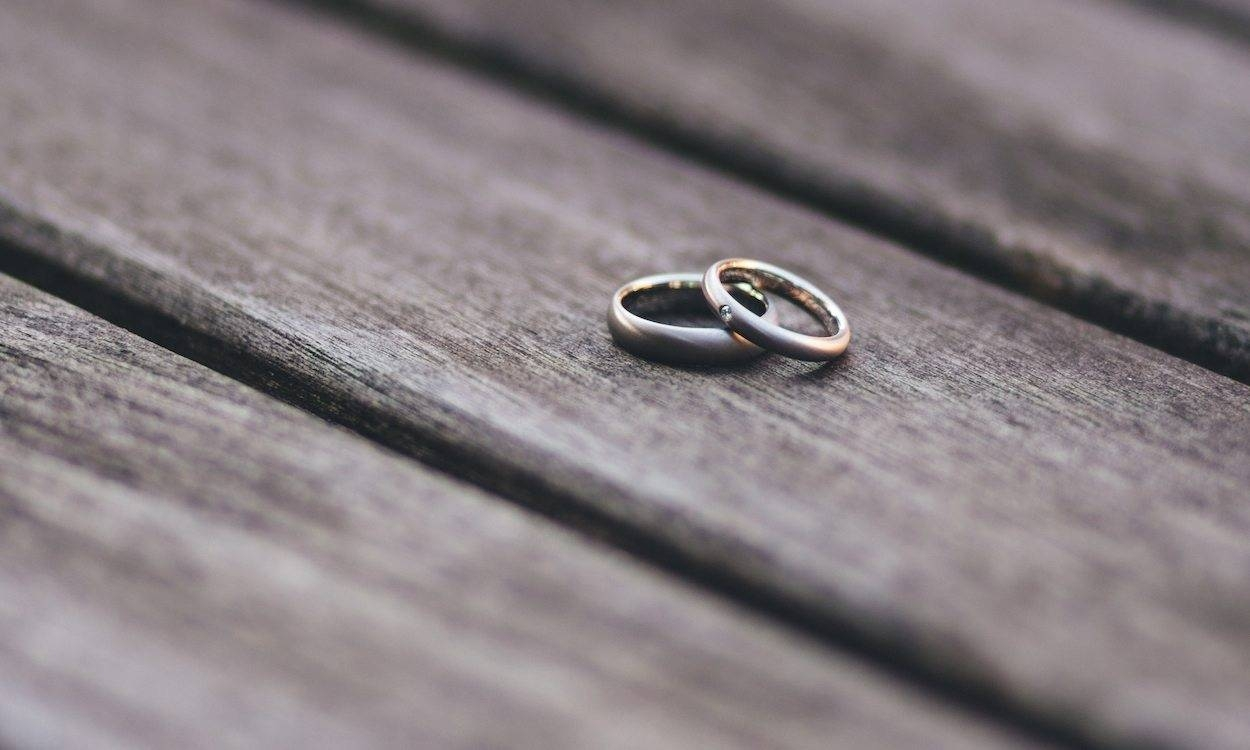 Everything To Know About Titanium Wedding Bands – Overstock With Regard To Overstock Wedding Bands (View 10 of 15)