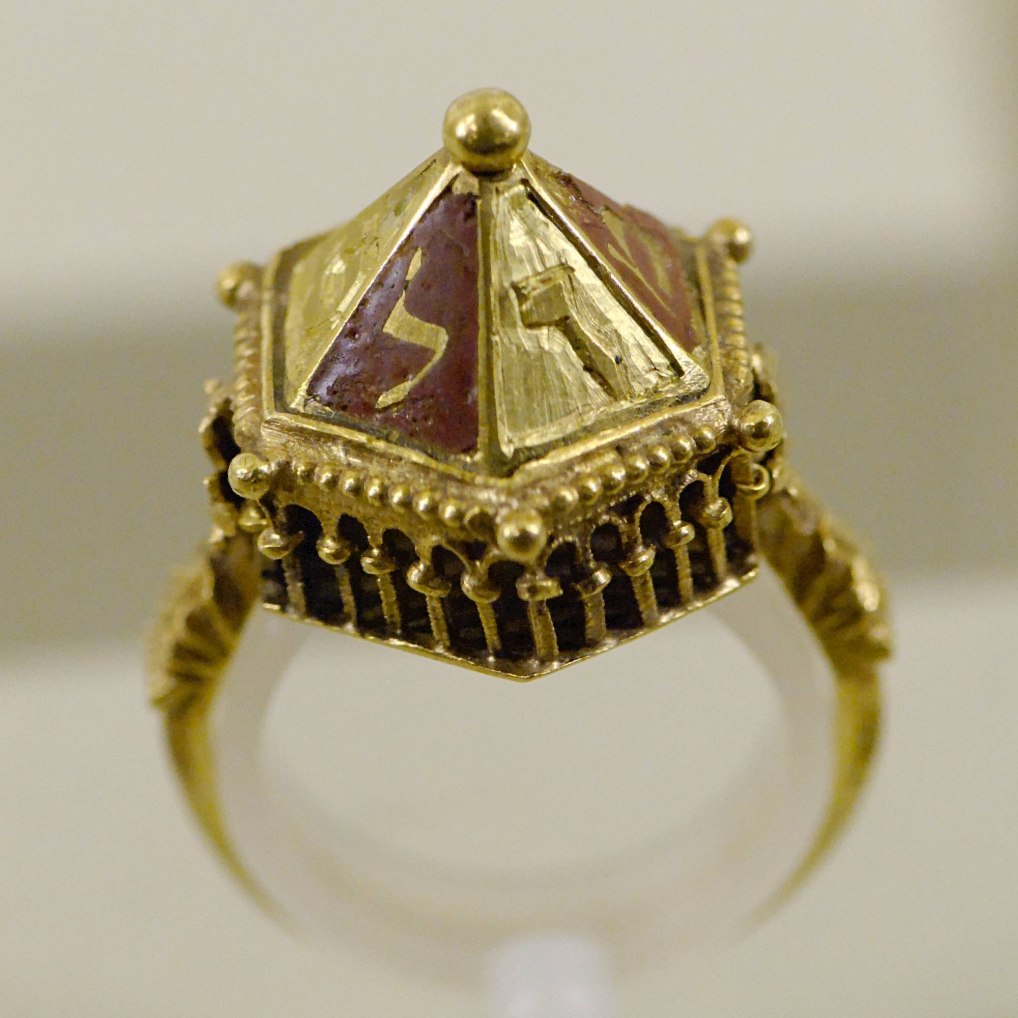 File:jewish Wedding Ring Mnma Cl20658 N2 – Wikimedia Commons Within Jewish Wedding Bands (View 5 of 15)