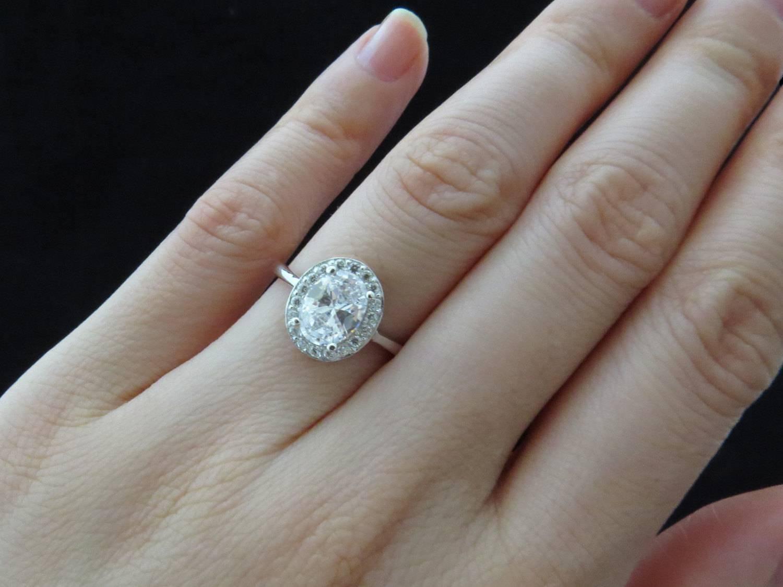 Free Diamond Rings. 5 Carat Diamond Ring On Finger: 5 Carat In 5 Carat Diamond Wedding Rings (Gallery 6 of 15)