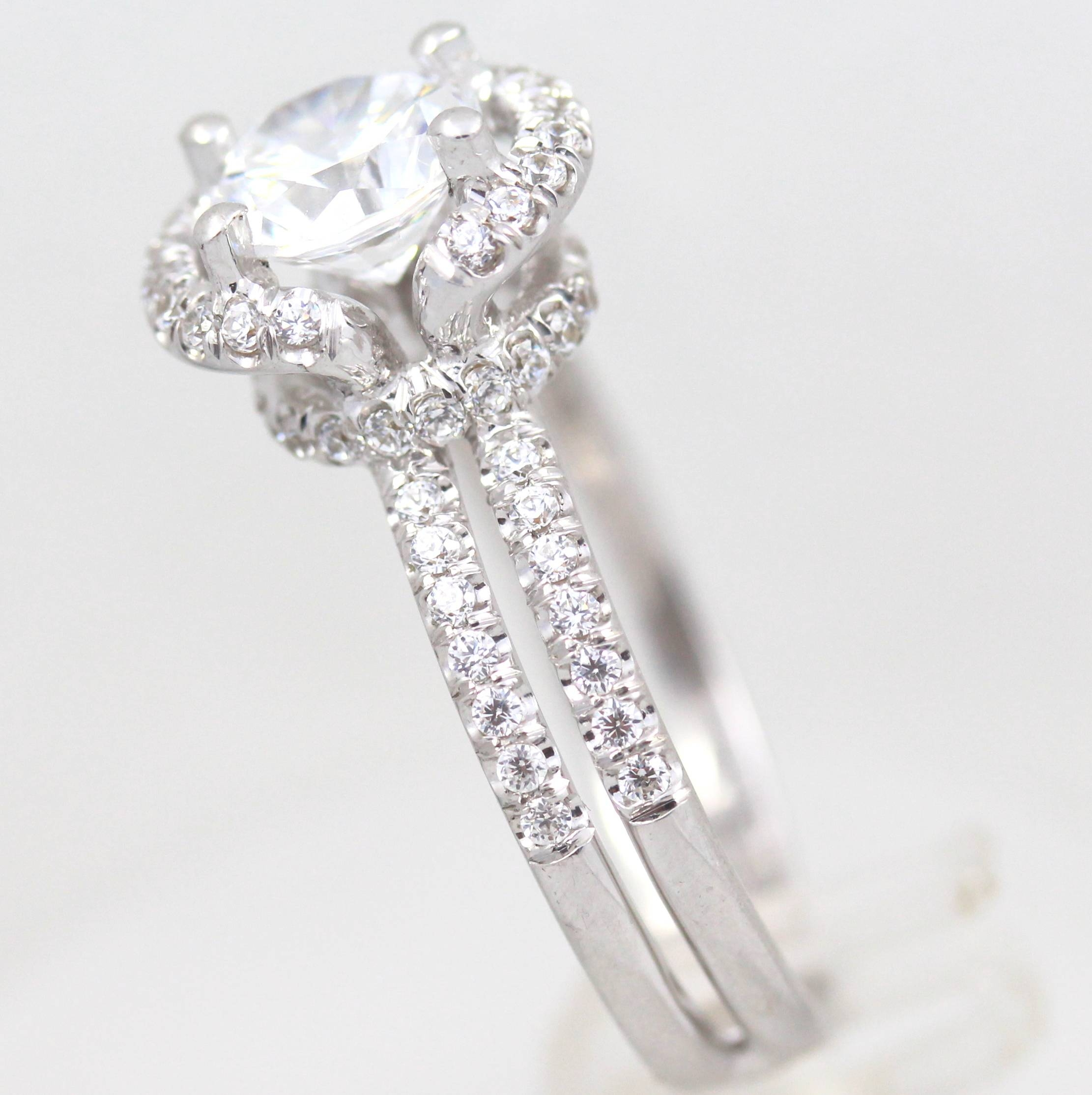 Featured Photo of Size 4 White Gold Engagement Rings