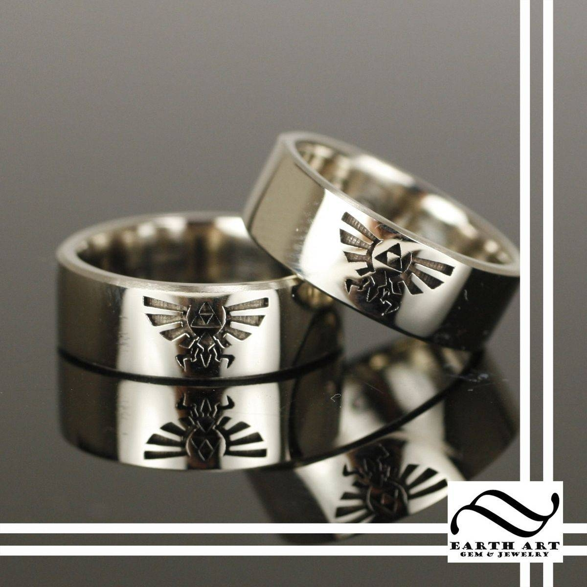 Featured Photo of Superhero Wedding Bands