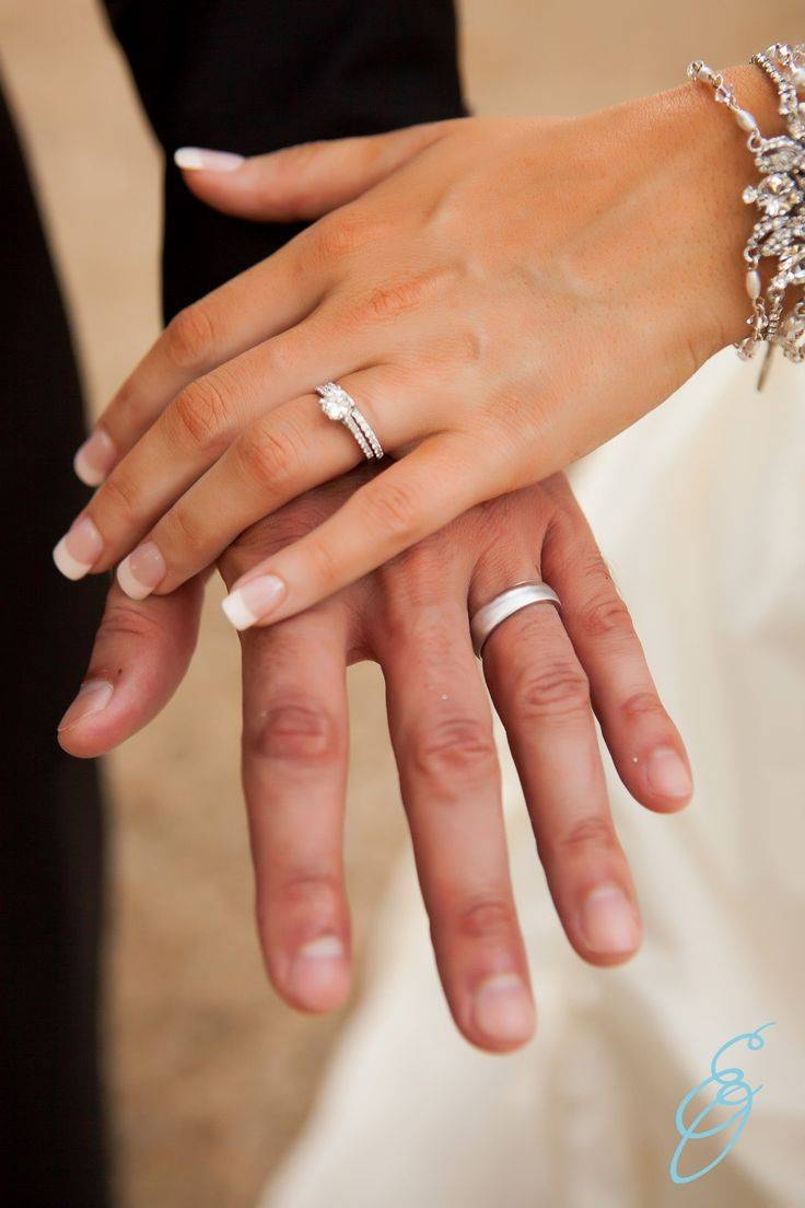 Manicure De La Novia: Ideas Y Consejos | Groom Poses, Southern Inside Molly Sims Wedding Rings (View 10 of 15)