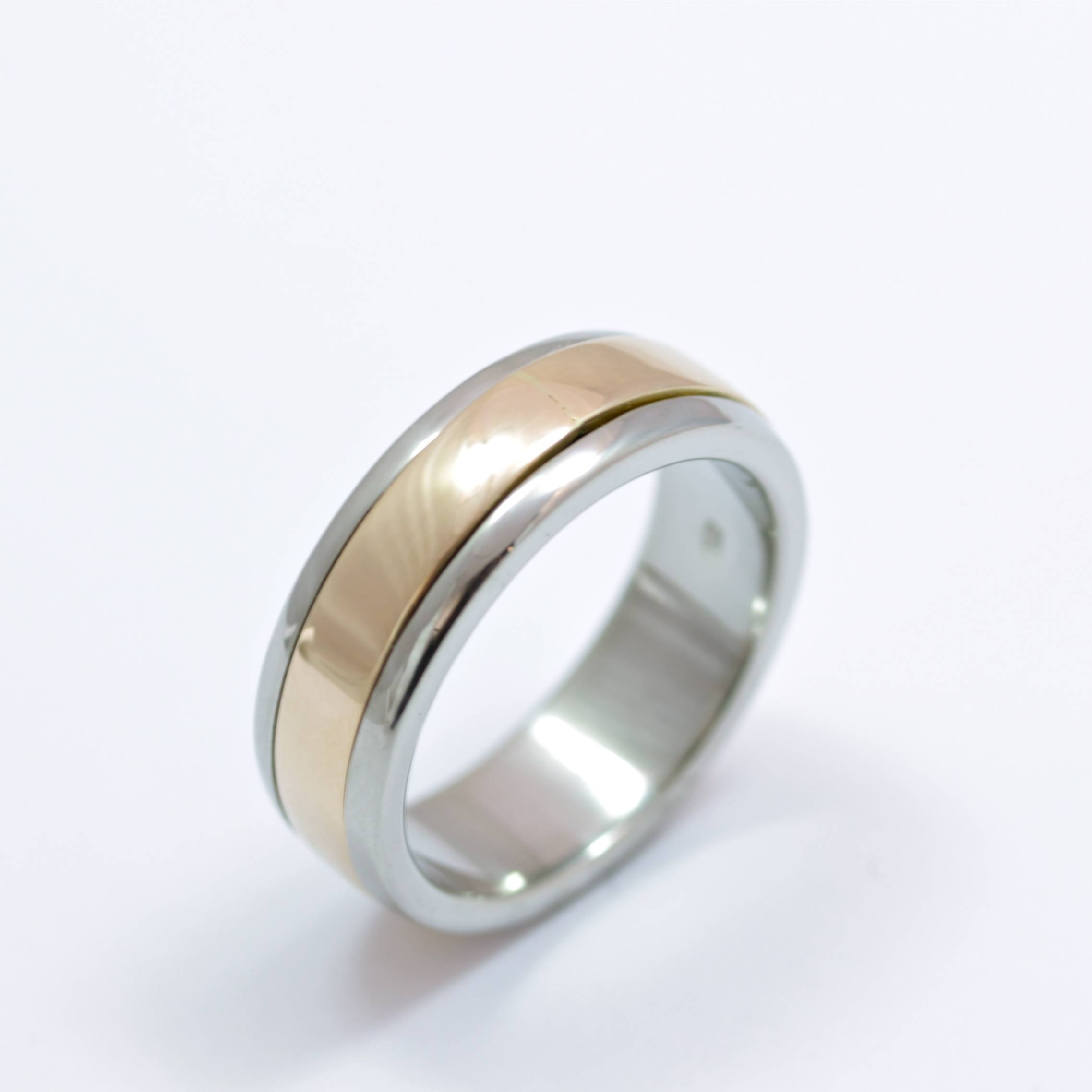 Palladium And 9Ct Rose Gold Men's Wedding Ring For Men's Spinning Wedding Bands (View 10 of 15)