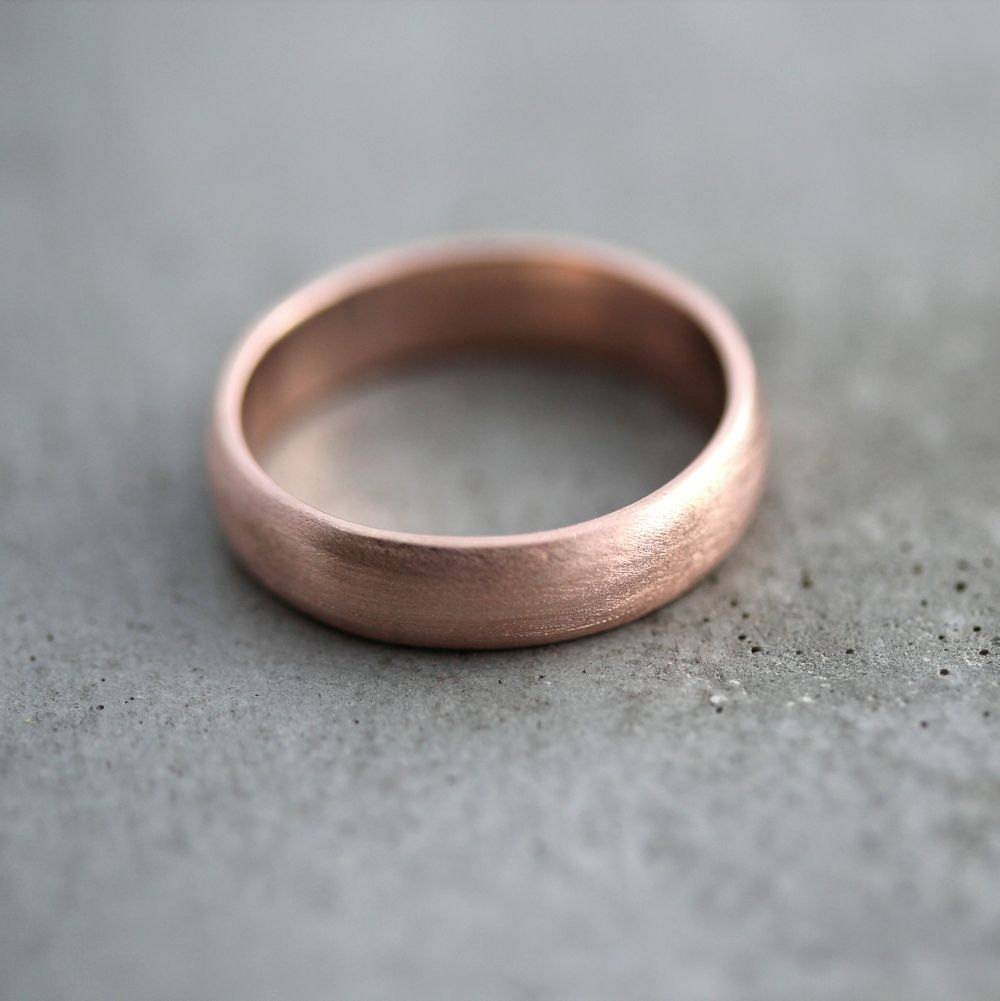 Rose Gold Men's Wedding Band Brushed Matte Men's 5Mm Throughout Rose Gold Wedding Bands For Him (View 8 of 15)