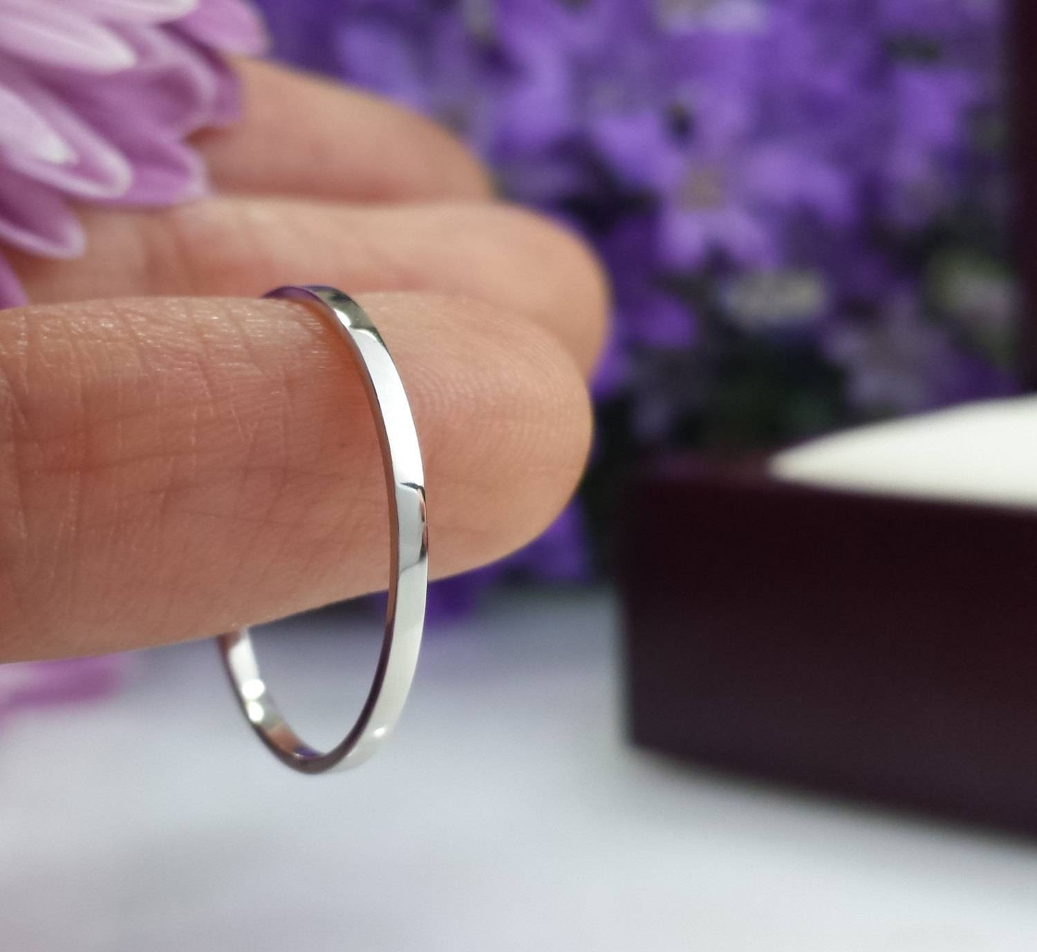 Super Thin Platinum Wedding Band 1Mm 1.5Mm 2Mm Hammered Pertaining To  (View 13 of 15)