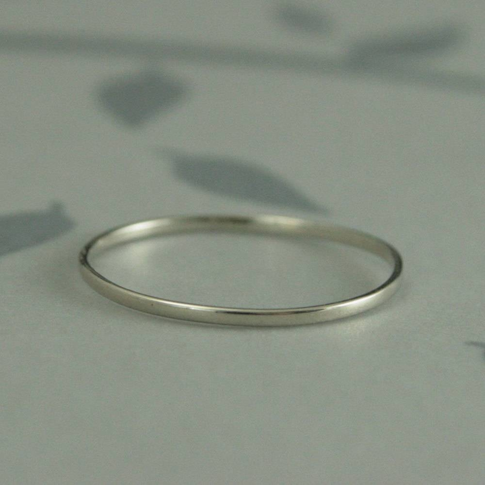 Thin White Gold Band10K Petite Gold Wedding Bandjust Like Regarding Skinny Wedding Bands (View 14 of 15)