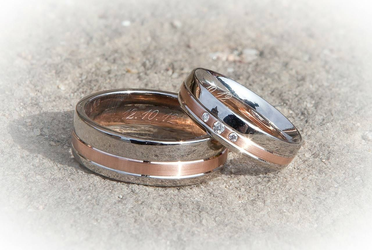 Top 10 Unique Men's Wedding Bands | Dudeliving Intended For Creative Mens Wedding Rings (View 10 of 15)
