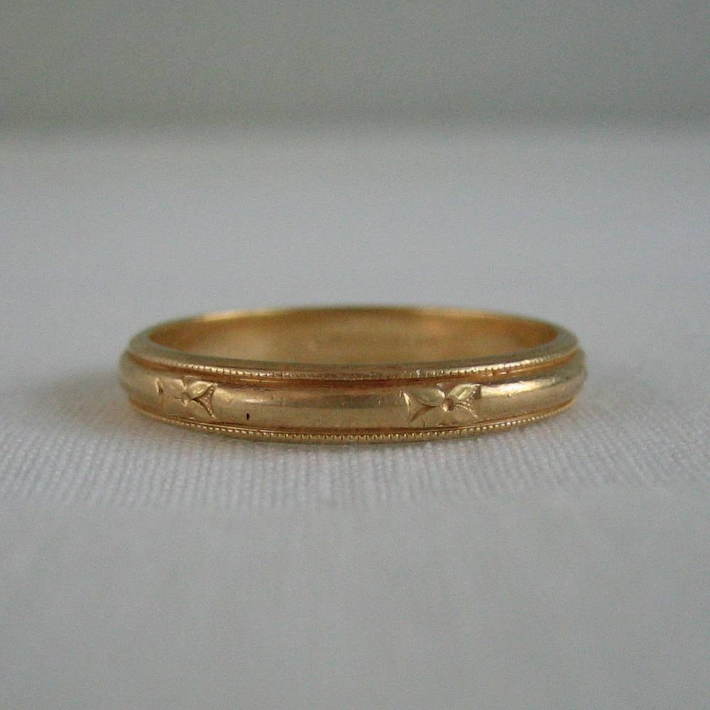 Vintage Men's Wedding Band. Yellow Gold. Circa 1940S (View 12 of 15)