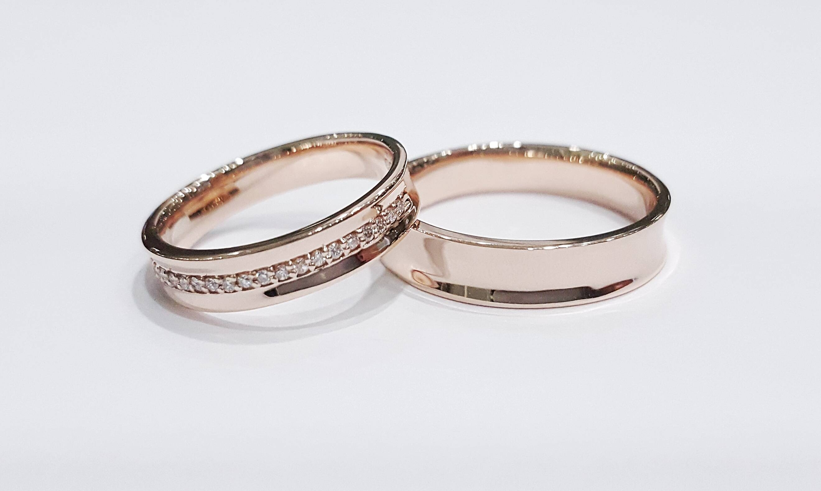 band how rings gazette a wedding bands choose s rose ring gold to groom gentleman