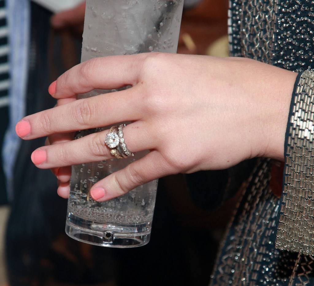 Wedding Rings Looks U2013 Stylebistro Regarding Hilary Duff Wedding Rings  (Gallery 8 Of 15)