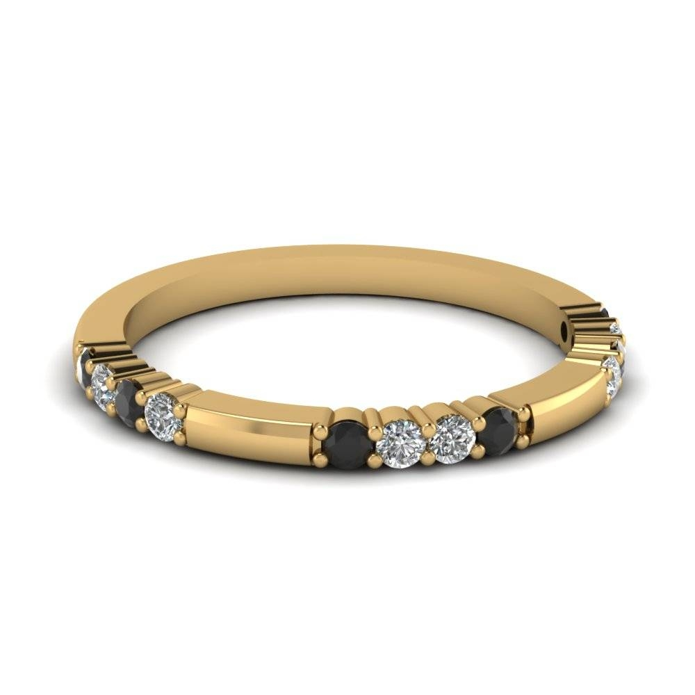 Yellow Gold Round Black Diamond Wedding Band With White Diamond In Inside Black Diamond Wedding Bands For Women (View 15 of 15)