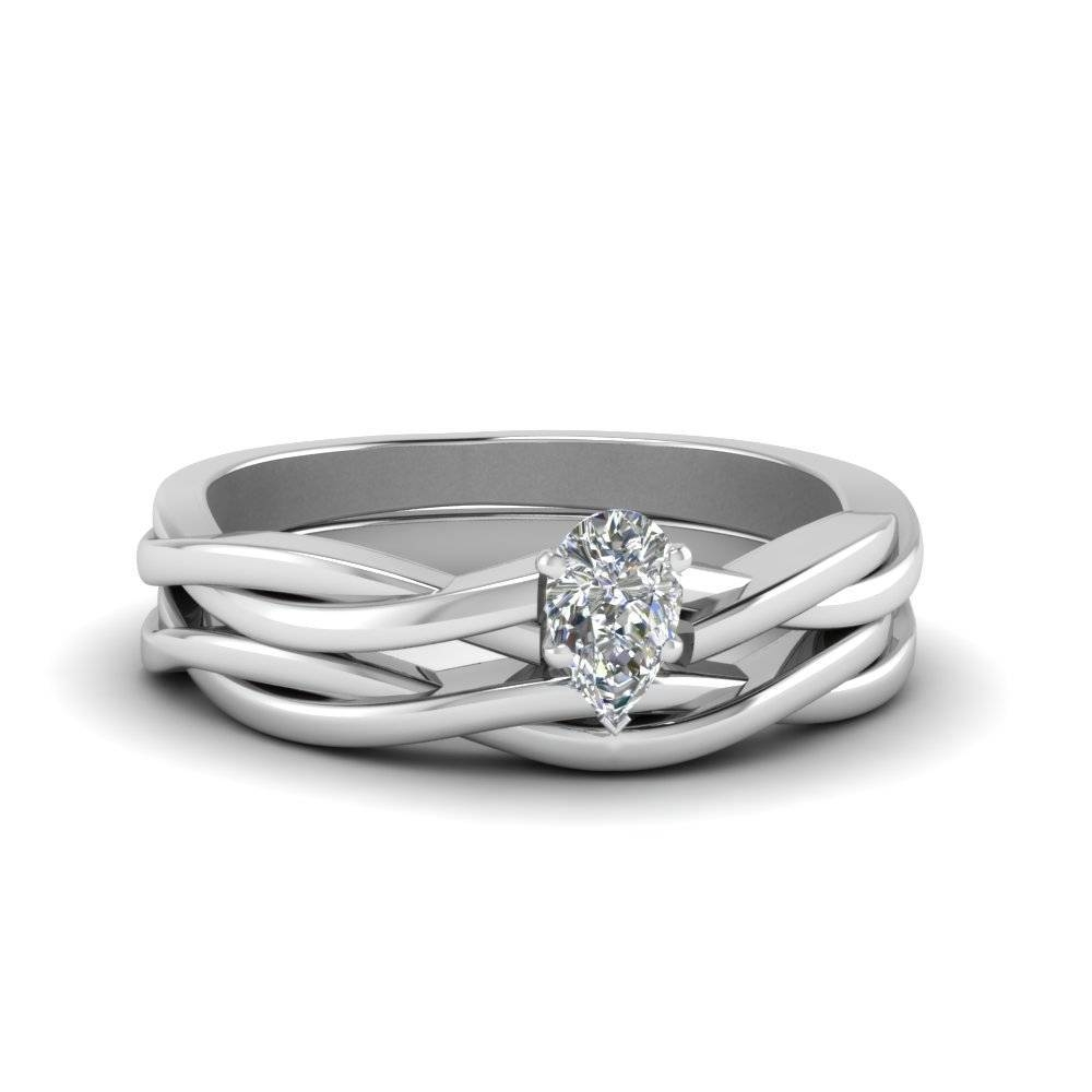15 Inspirations Of Twisted Diamond Wedding Bands In Delicate Diamond Wedding Bands (View 13 of 15)