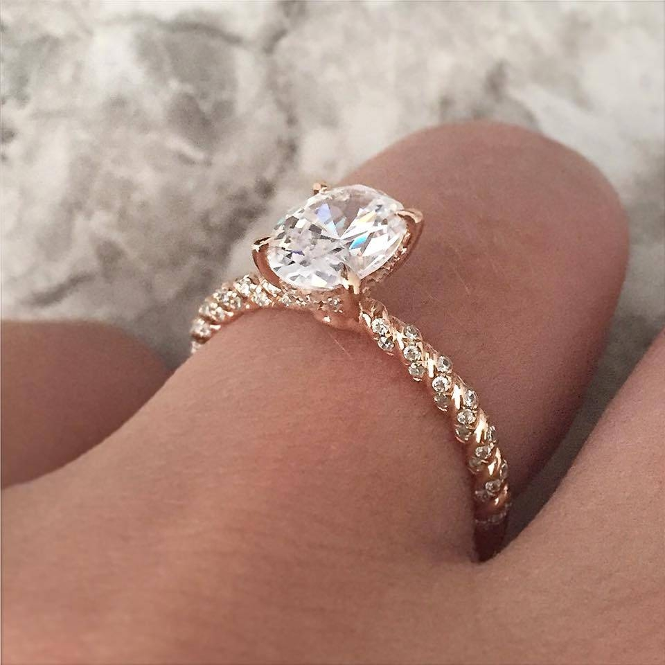 Featured Photo of Oval Engagement Rings