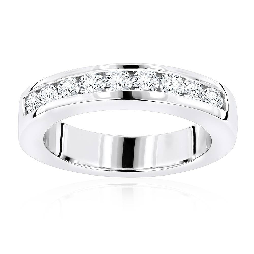 18K Gold Round Diamond Wedding Band For Her G/vs Diamonds  (View 3 of 15)