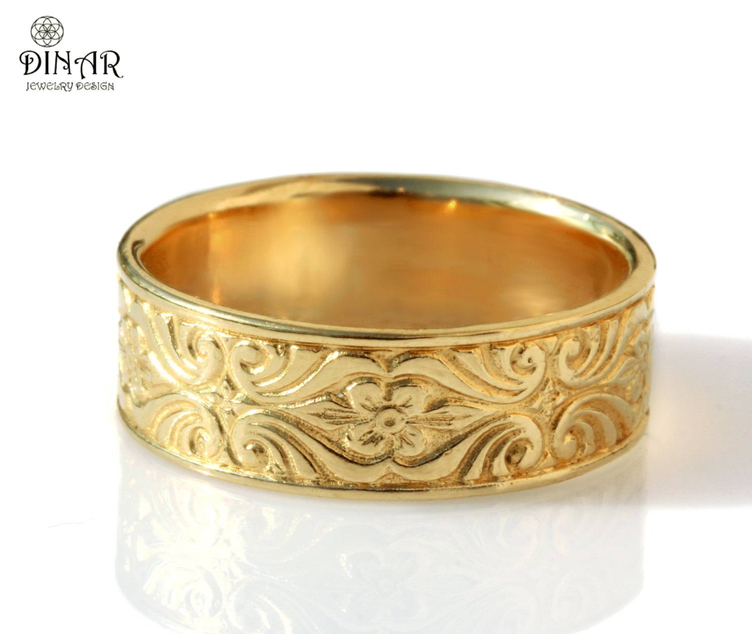 18K Gold Vintage Design Wedding Band Engraved Floral Intended For Engraved Gold Wedding Bands (Gallery 10 of 15)