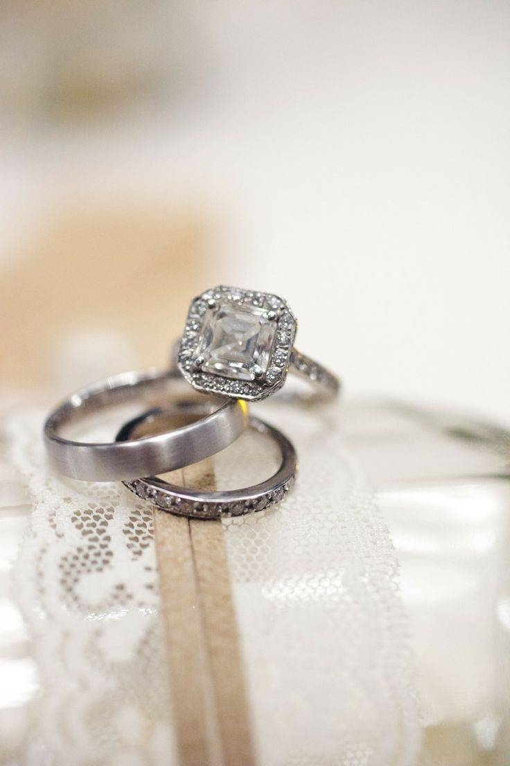 Featured Photo of Maui Wedding Bands