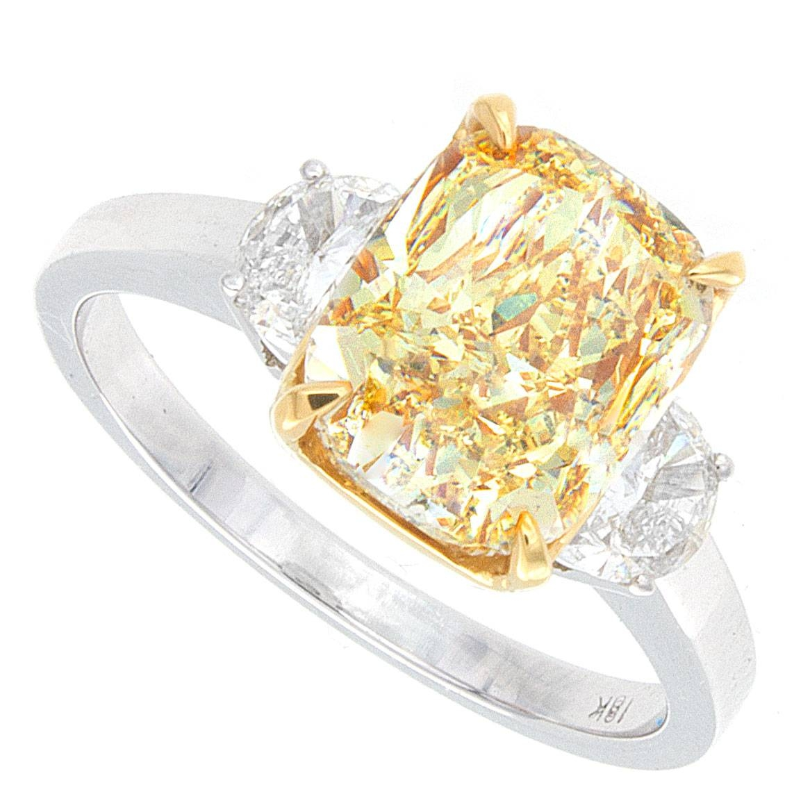 3.30Ct Cushion Cut Fancy Light Yellow Vvs Certified Diamond Pertaining To Vvs Engagement Rings (Gallery 15 of 15)