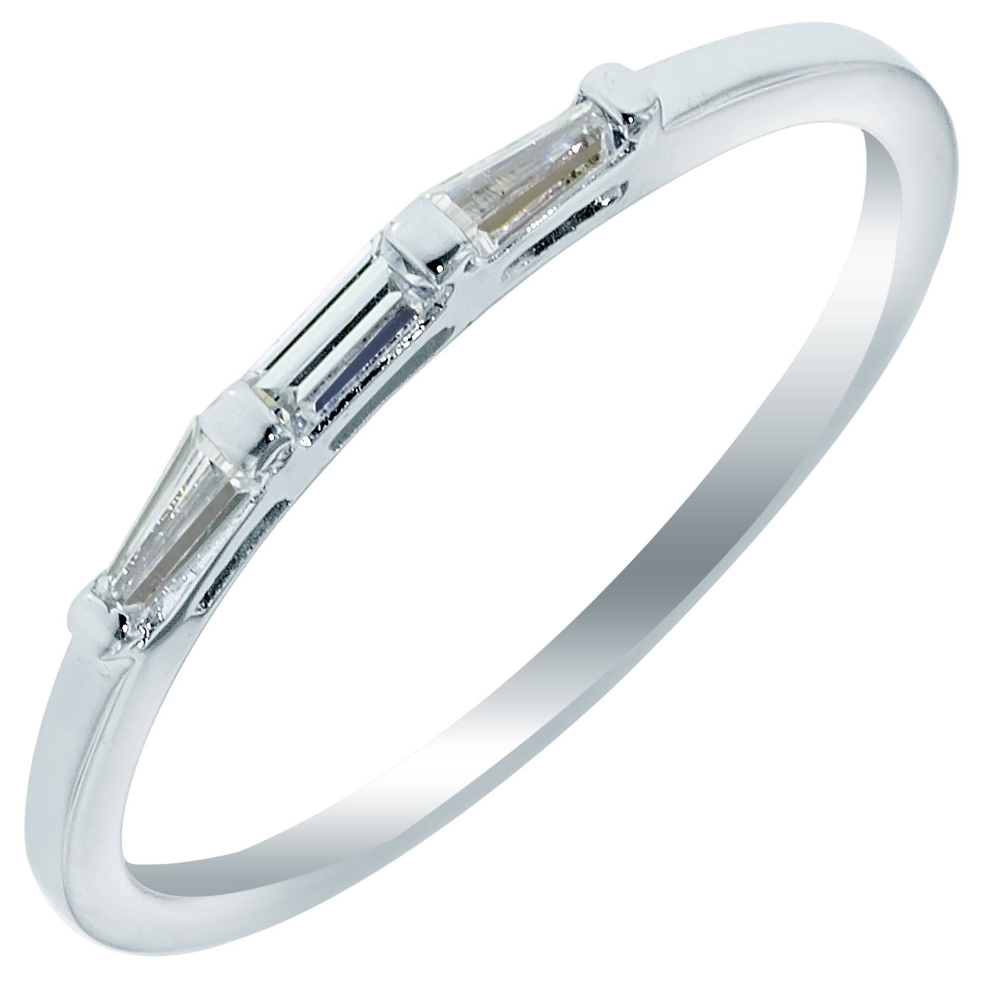 3 Stone Baguette Diamond Wedding Band In 14Kt White Gold (1/5Ct Tw) Pertaining To Baguette Wedding Bands (View 2 of 15)