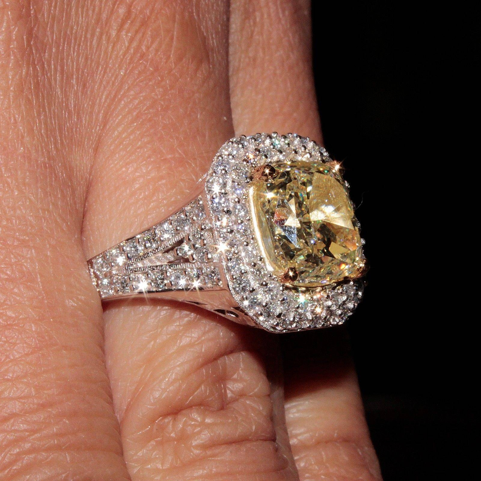 Featured Photo of Vvs Engagement Rings
