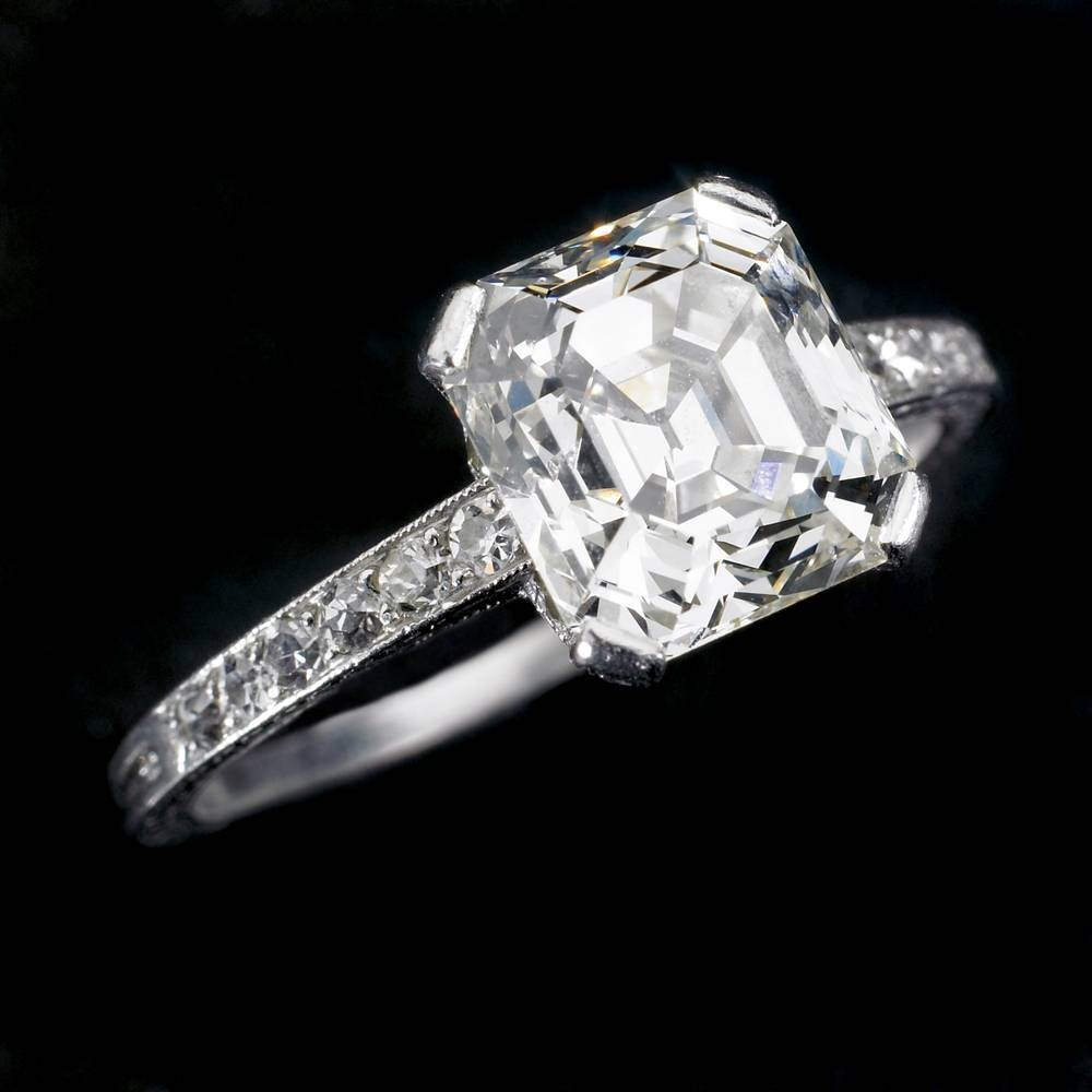 Accessorizing A Radiant Cut Diamond Pertaining To Radiant Cut Engagement Ring Settings (View 3 of 15)