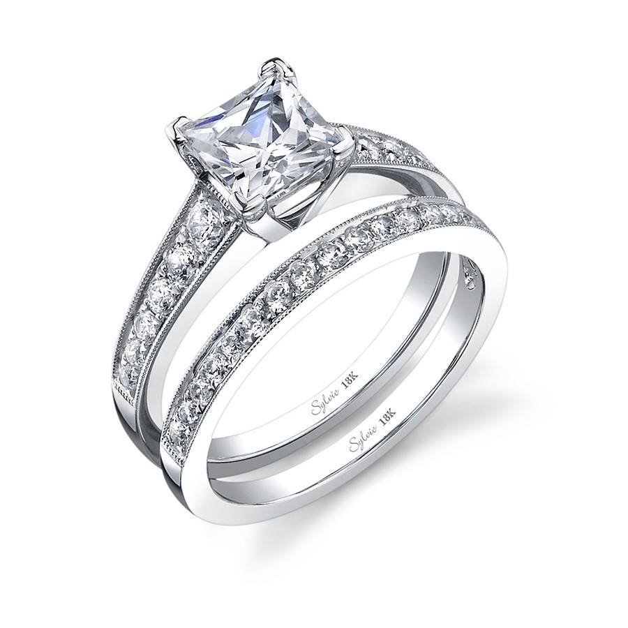 Classic Tapered Princess Cut Diamond Engagement Ring With Regard To Princess Shaped Engagement Rings (View 3 of 15)