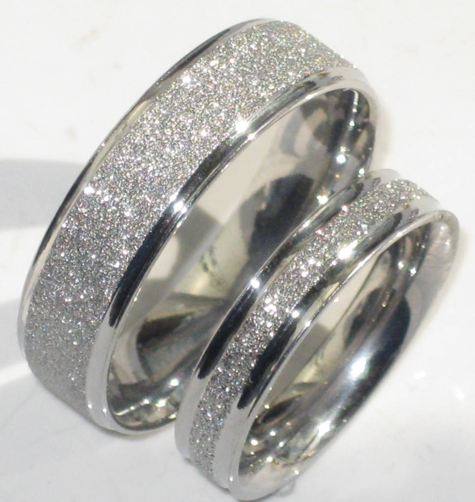 Featured Photo of Diamond Wedding Bands For Him