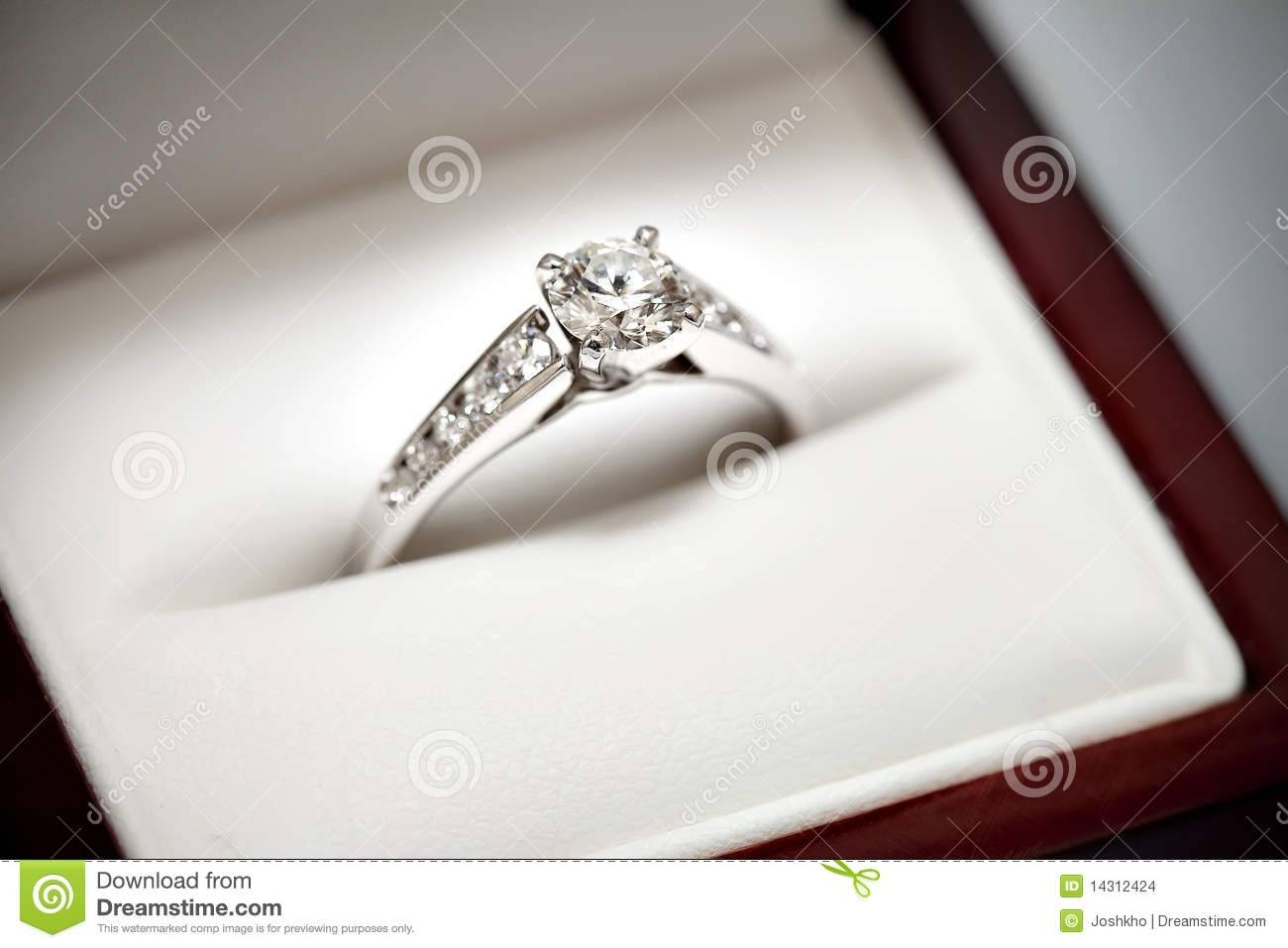 Engagement Ring In Box Stock Images – Image: 14312424 With Regard To Engagement Rings In The Box (View 5 of 15)