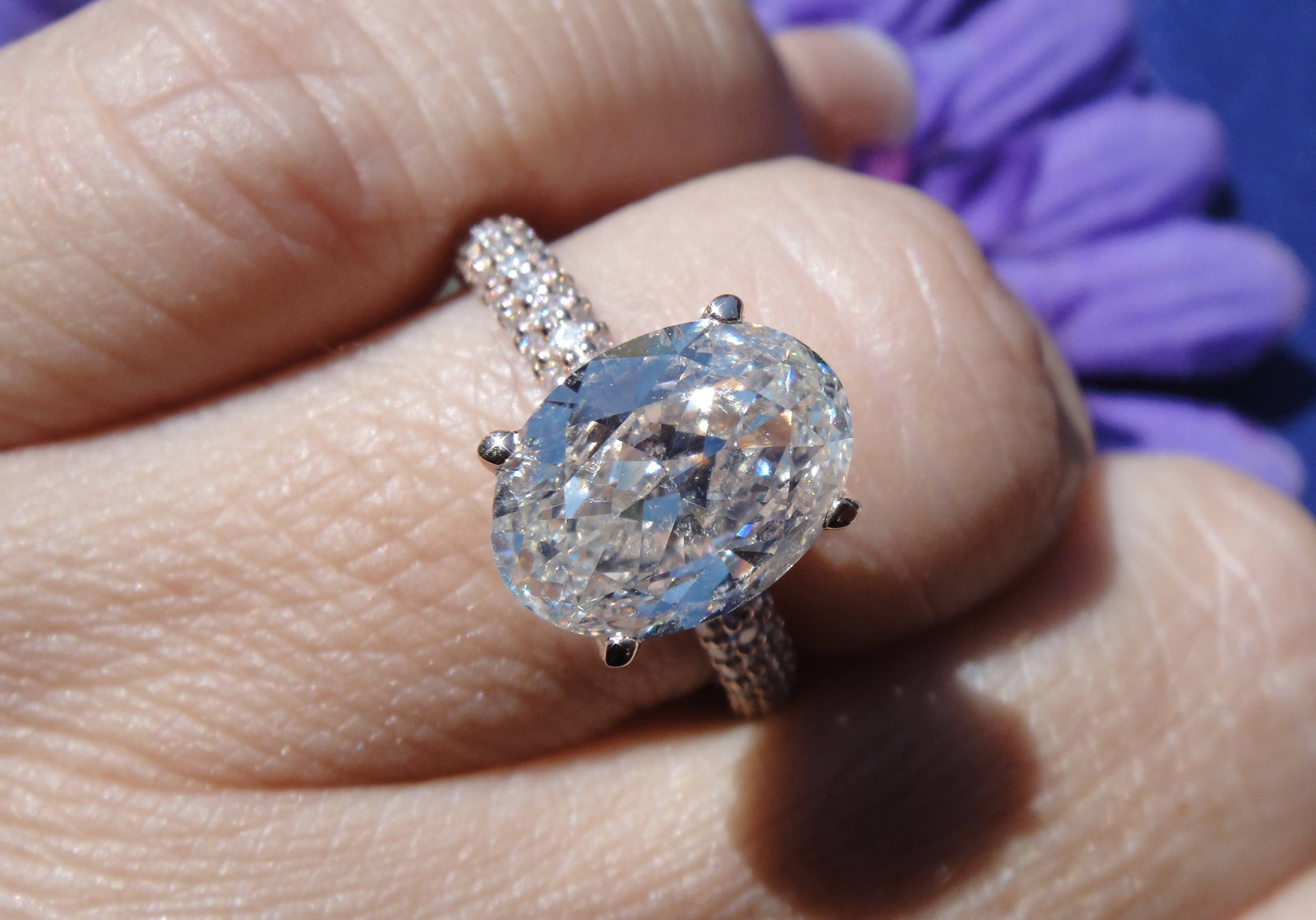 Engagement Rings :  (View 5 of 15)
