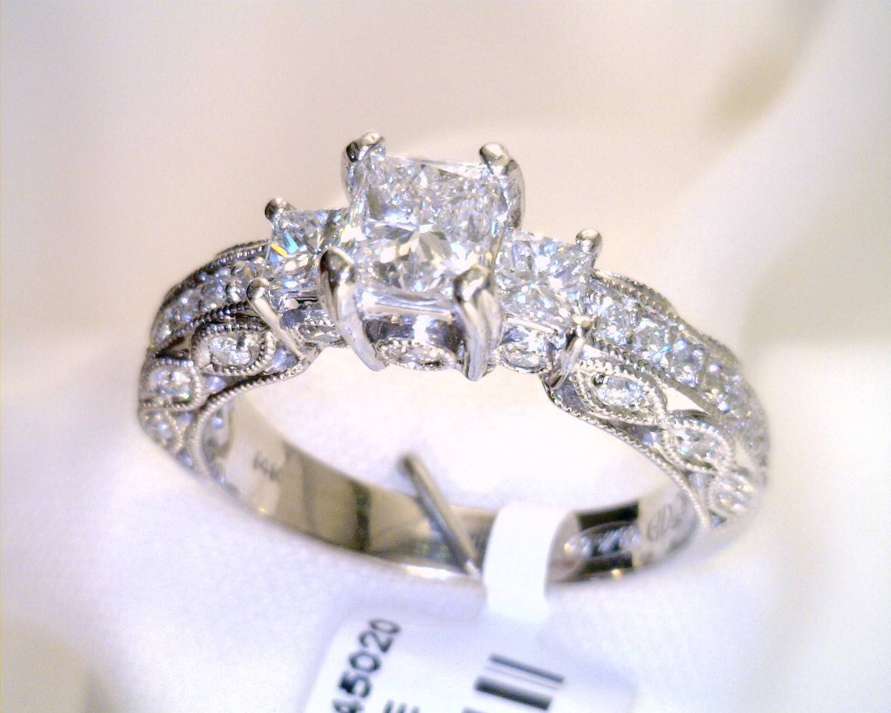 Estate Jewelry – Diamond & Engagement Rings – P.r (View 4 of 15)