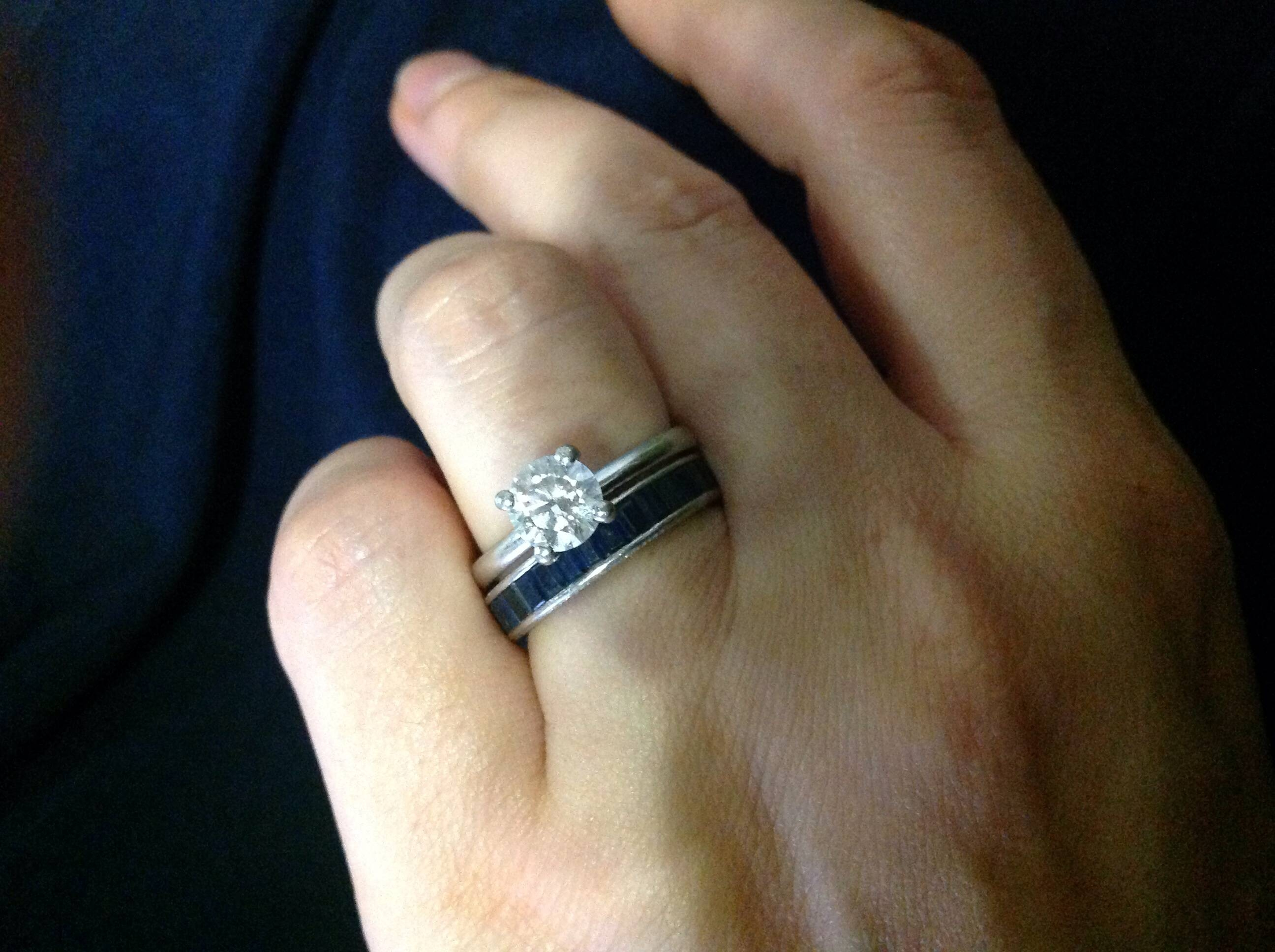How to Wear a Wedding Ring 11 Steps with Pictures