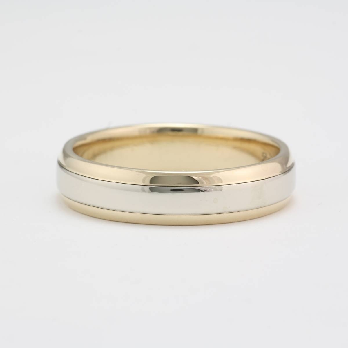 Owned 14 Karat White And Yellow Gold Wedding Band Inside 14 Carat Gold Wedding Bands (View 3 of 15)