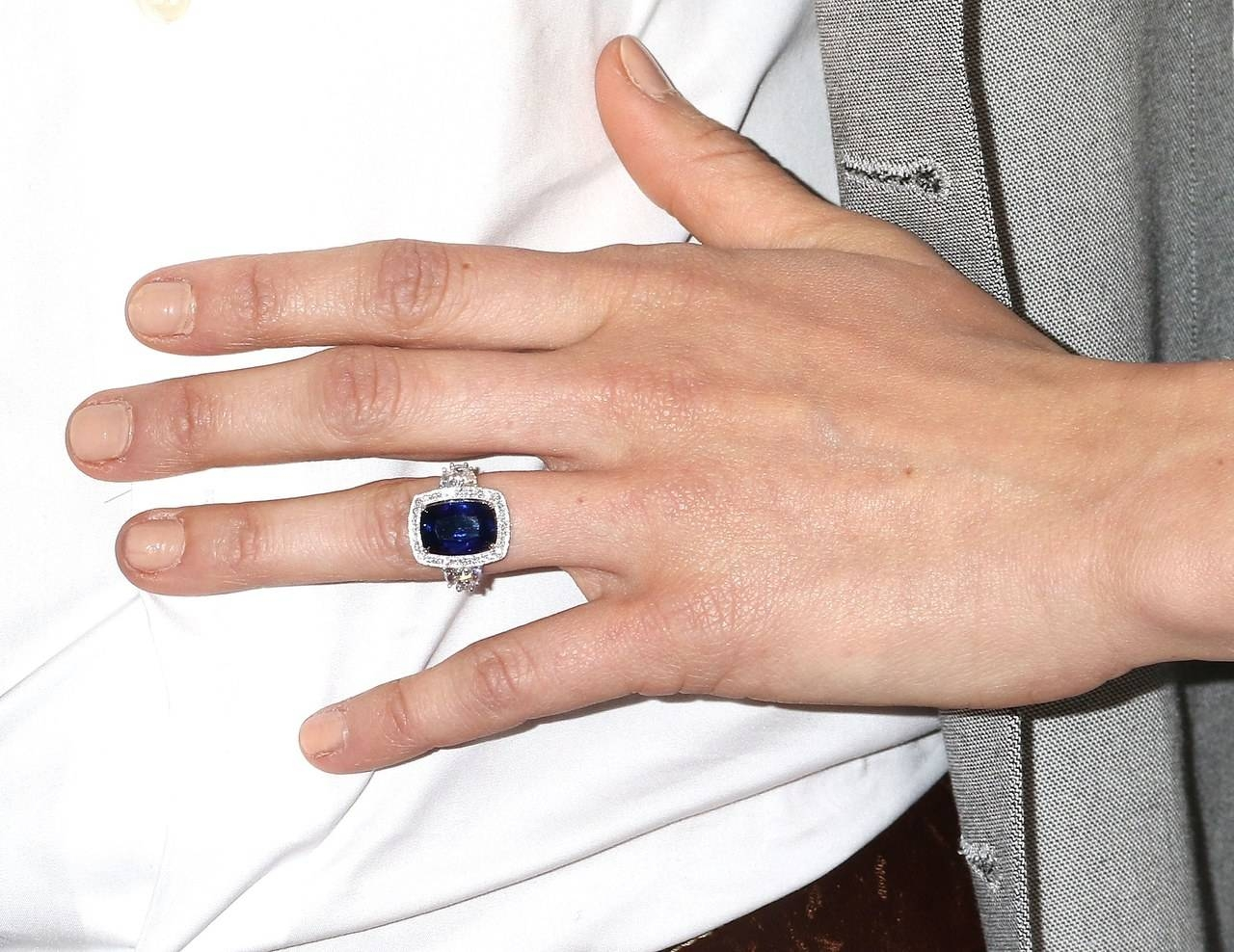 Unreal Star Johanna Braddy's New Engagement Ring Is An Updated With Regard To Current Kate Middleton Engagement Rings And Wedding Bands (View 13 of 15)