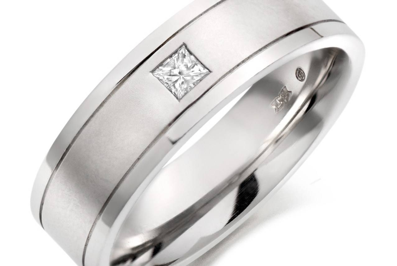 Wedding Rings : Excellent Mens Wedding Rings Layaway Dreadful Mens Intended For Layaway Wedding Rings (View 13 of 15)