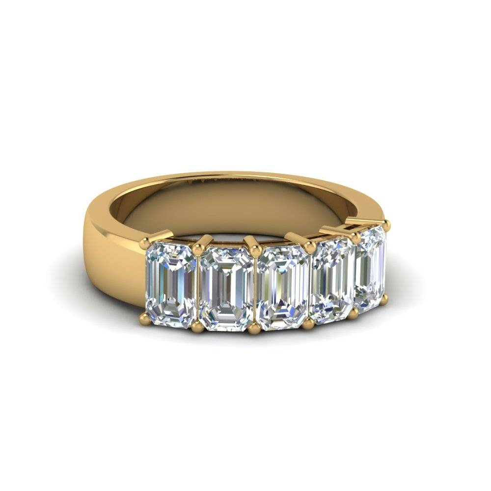 Emerald Cut Wedding Bands & Rings | Fascinating Diamonds With 2018 Emerald Cut Diamond Anniversary Rings (View 16 of 25)
