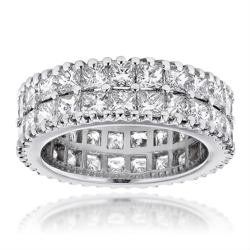 Featured Photo of Eternity Anniversary Rings