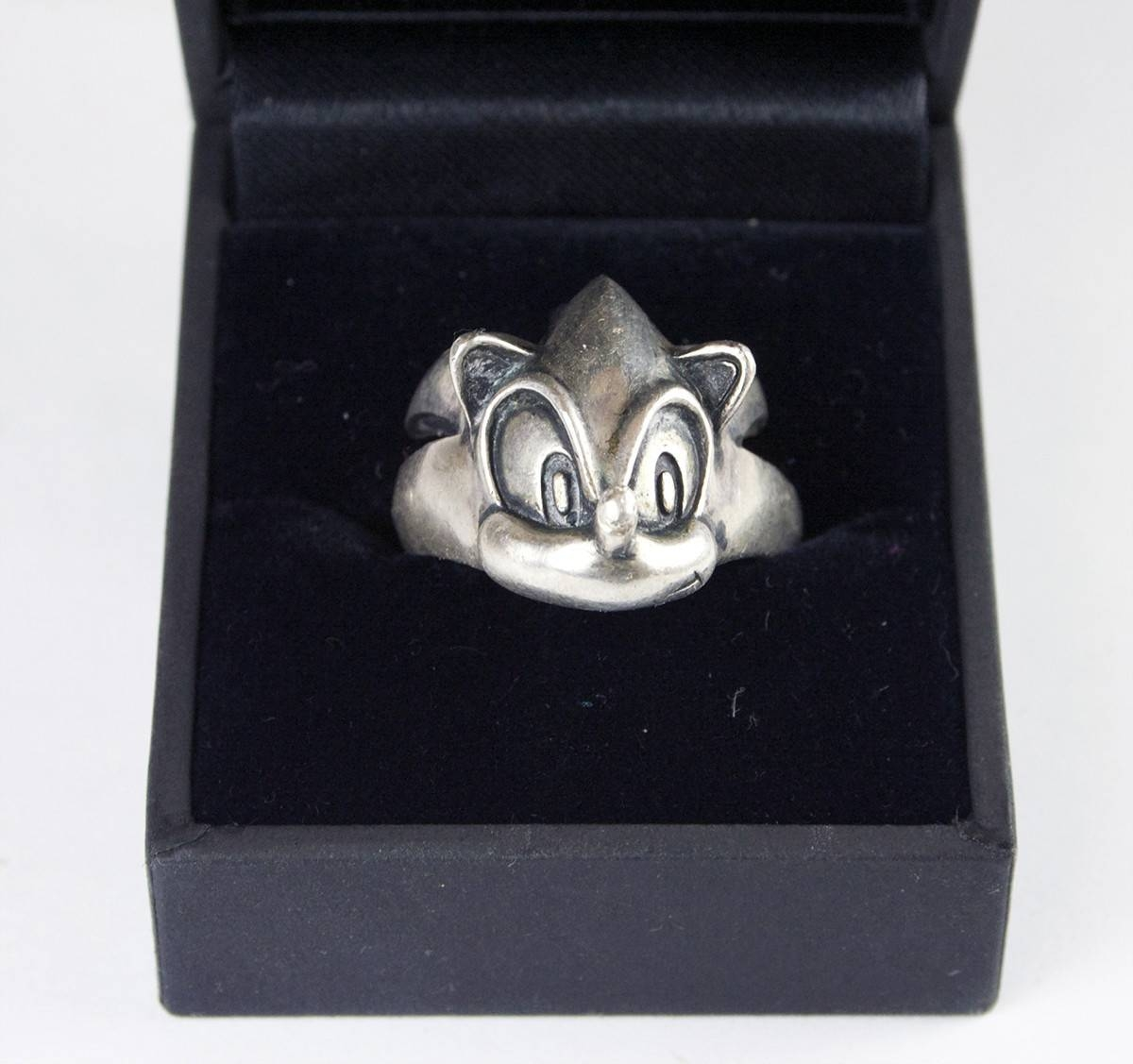 Sonic 10Th Anniversary Sterling Silver Ring Resurfaces On Ebay Intended For Latest 10Th Anniversary Rings (View 13 of 15)