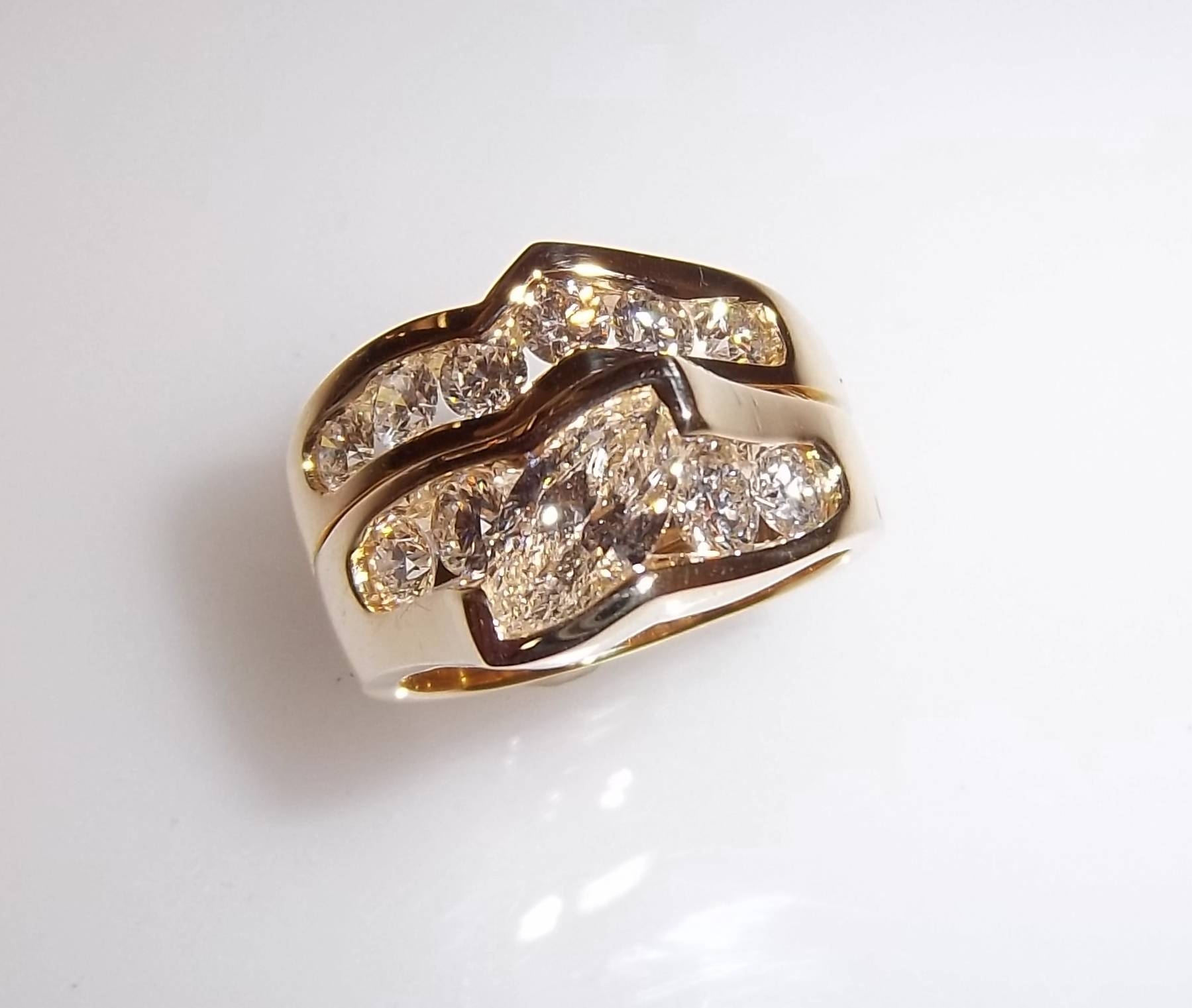 Wedding Anniversary Rings For Her | Wedding Ideas With 2018 25Th Anniversary Rings (Gallery 18 of 25)