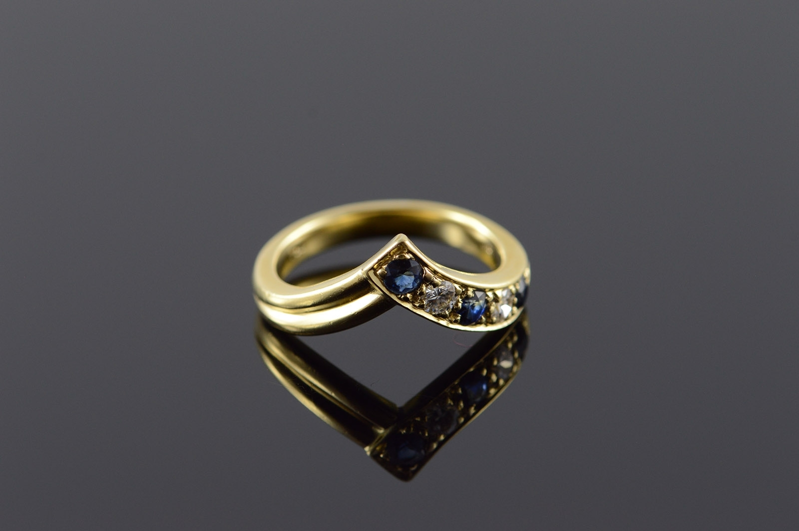18K 0.30 Ctw Sapphire Diamond Chevron Yellow Gold Ring, Size 5 Within Current Chevron Sapphire Rings (Gallery 8 of 15)
