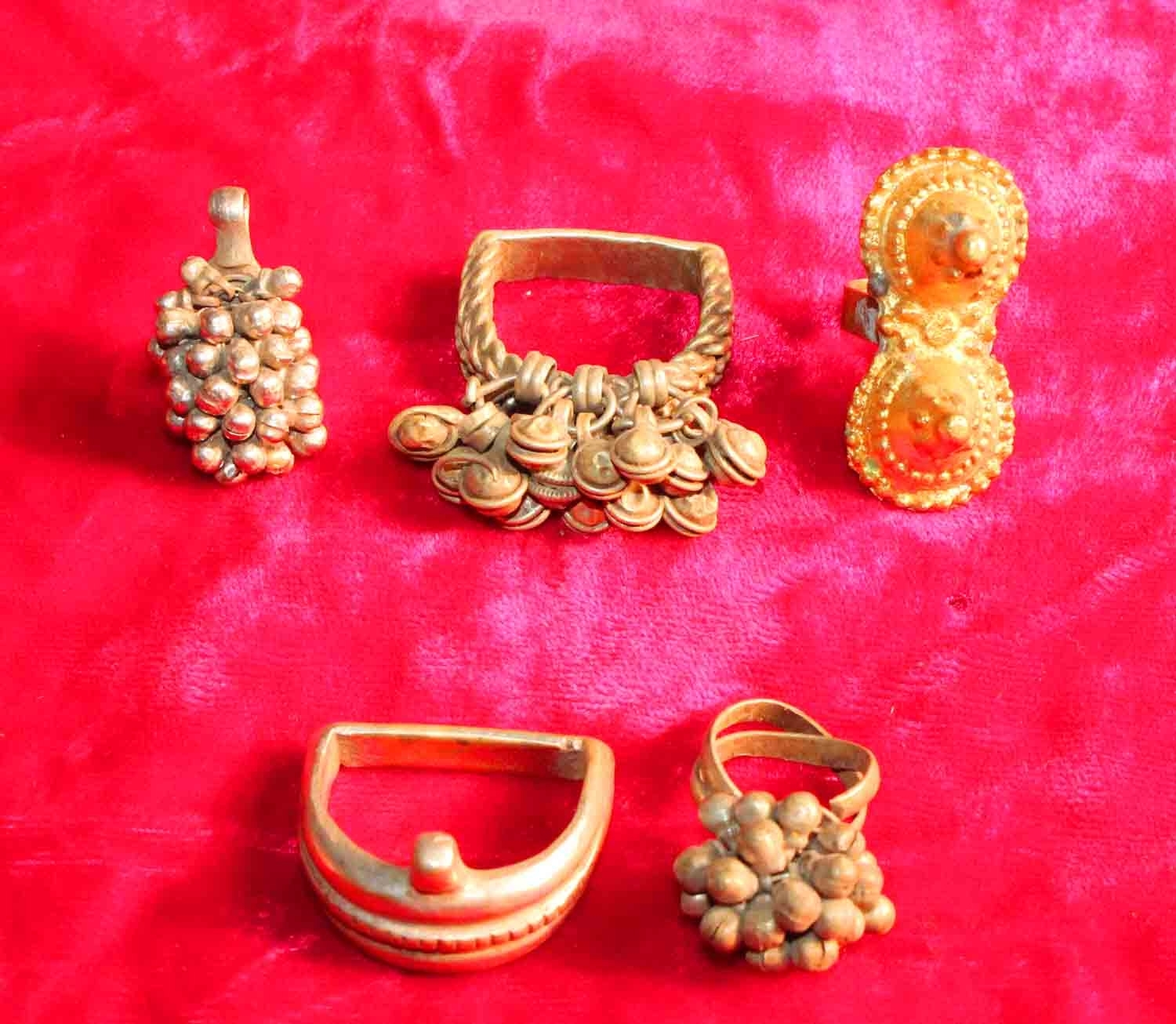 5 Antique Copper Bells Cluster Toe Ring Indian Ethnic Bellydance In Current Toe Rings With Bells (Gallery 1 of 15)