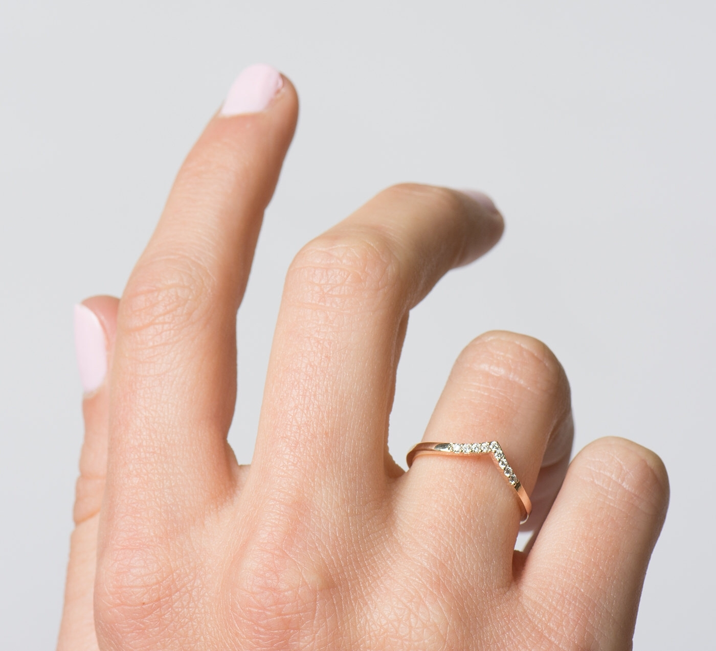 Alianças De Casamento De Ouro | Rose Gold Diamond Ring, Chevron For Most Popular Chevron Finger Rings (Gallery 1 of 15)