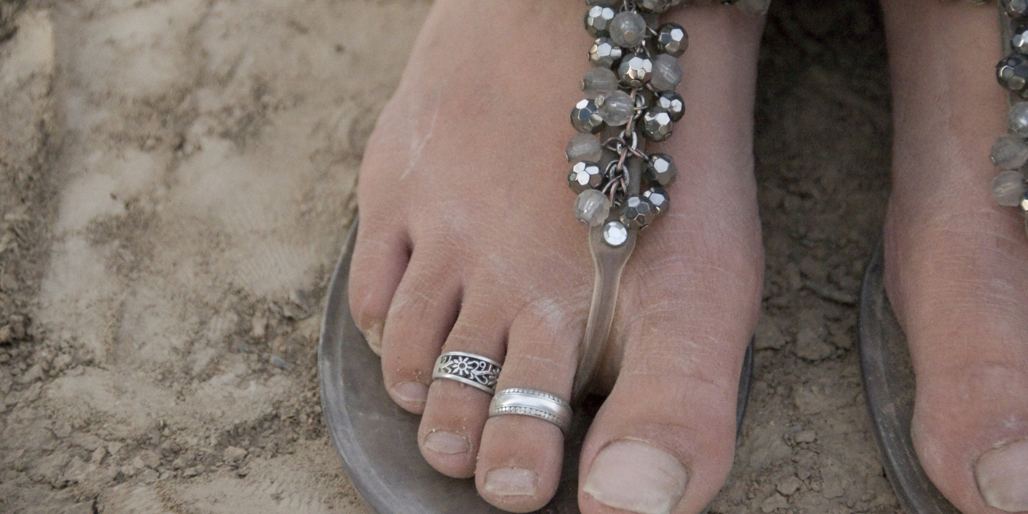An Open Letter To Anyone Wearing Foot Jewelry | Huffpost With Most Recent Male Toe Rings (View 1 of 15)